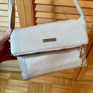 🤎ROOTS fold over  bag cross body purse cream